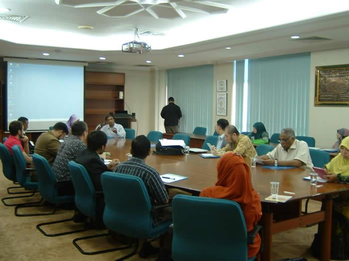Shariah, Governance and Interreligious Relations